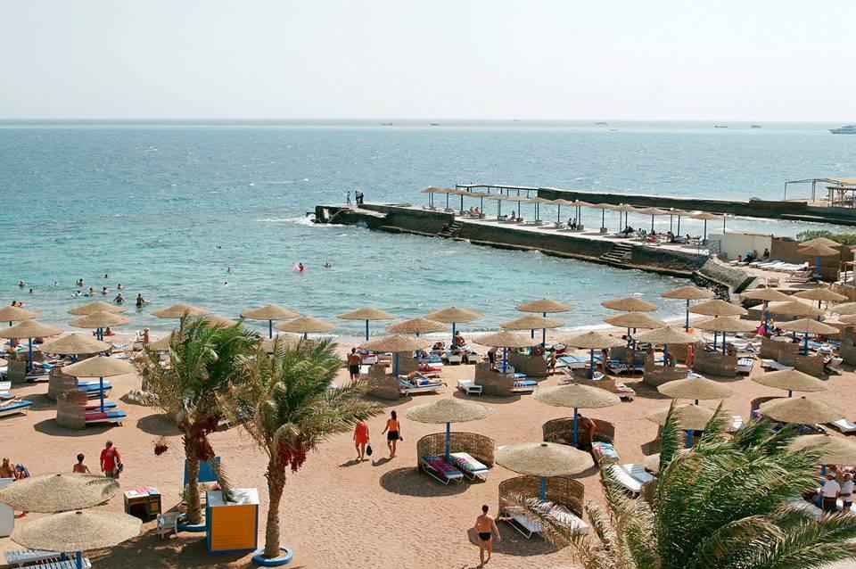 شاطئ امباير بيتش