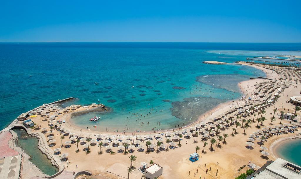 شاطئ جولدن بارادايس
